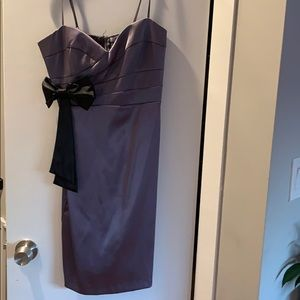 Dresses & Skirts - Pewter dress with black bow